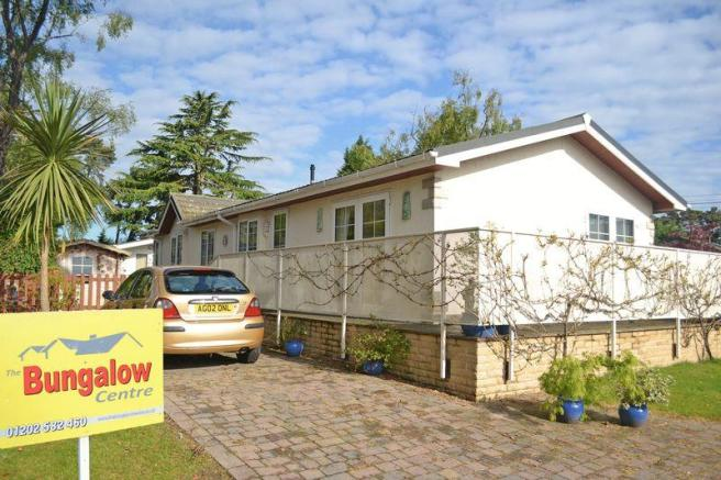 3 Bedroom Detached Bungalow For Sale In Tall Trees Park Matchams