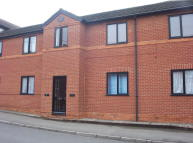 1 bed Flat to rent in Grove Road, Thrapston...