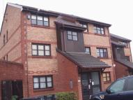 Flat to rent in Humber Road, Dartford...