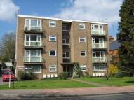 1 bed Flat to rent in Shortlands Road, Bromley...