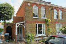 2 bed home to rent in Middle Hill...