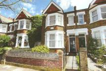 Flat to rent in Park Road, Hanwell...