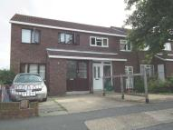 3 bedroom house in Dillwyn Close, Sydenham...