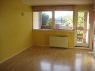 Studio apartment in Grovesnor Court...