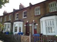3 bedroom property to rent in Darrell Road...