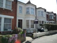 Flat to rent in Wiverton Road, Sydenham...