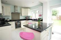 4 bedroom End of Terrace house in Chestnut Rise...