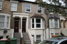 2 bedroom Flat to rent in Maud Road, London, E13
