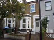 Tavistock Road Terraced house to rent