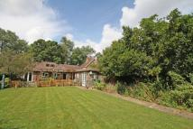 4 bedroom Detached Bungalow in Mill Hill, Edenbridge