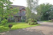Detached house in Paddock Close, Lingfield