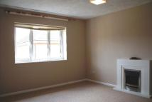 2 bed Flat in BUTLERS CLOSE - CREWS...