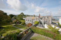 8 bedroom Detached home in Durnford Street, Plymouth