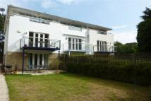3 bedroom property in Panorama Road, Sandbanks