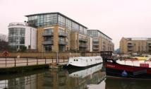 Point Wharf Lane Flat to rent
