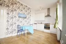 Flat in Chiswick High Road, W4