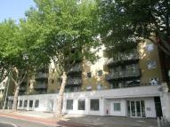 2 bedroom Flat to rent in Chiswick High Road...