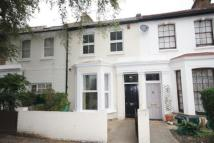 2 bed property in Chiswick Road, Chiswick...
