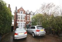 Flat to rent in Chiswick High Road, W4