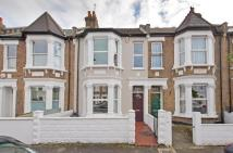 3 bed home to rent in Bridgman Road, Chiswick...