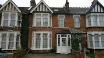 Flat in Lynford Gardens, Ilford...