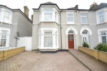 Flat to rent in St Albans Road...