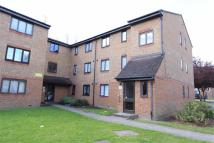 2 bed Flat for sale in Plumtree Close, Dagenham...