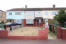 3 bedroom Terraced house in Bradfield Drive, Barking...