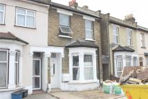 3 bedroom house in Ley Street, Ilford...