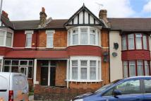 Flat for sale in Breamore Road, Ilford...