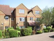 Flat to rent in Kempton Court...