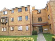 1 bedroom Flat in Redford Close, Feltham...