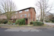 2 bed Flat to rent in Foxwood Close, Feltham...