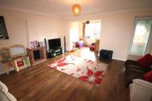 semi detached house to rent in Staines Road West...