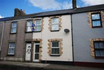 Terraced house to rent in Torrington
