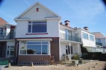 Apartment to rent in Deganwy