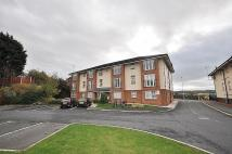 2 bed Flat to rent in Hillcrest Court, Wallasey
