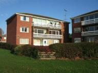 2 bedroom Apartment in West Vale, Little Neston...