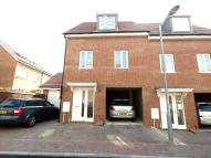 3 bedroom semi detached house to rent in Magnolia Way, Costessey...