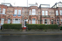 Ground Flat in Gloucester Road, Urmston...