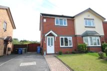 2 bedroom semi detached house in Town Gate Drive, Flixton...