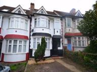 2 bedroom Maisonette in Dennis Avenue, WEMBLEY...
