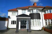 6 bedroom semi detached house in Ash Grove, Sudbury...