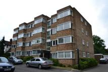 2 bed Flat to rent in Green Park Court...