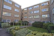 2 bed Flat in Sunnydene Lodge...
