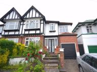 6 bed semi detached home in Pasture Road...