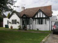 Detached Bungalow for sale in Watling Street...