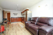 Apartment to rent in Marlborough Road, London...