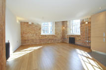 Penthouse to rent in Building 49, Argyll Road...
