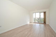 Apartment in CLYDESDALE WAY, Kent...